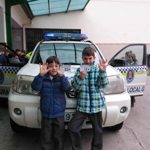 LECCIÓN DE LA POLICÍA
