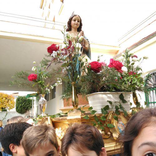 Procesión Niña María