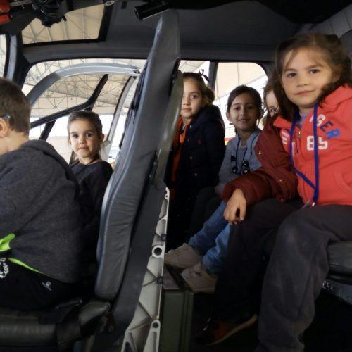 Visita a la base aérea de Armilla  (Ed.Infantil 5 años)