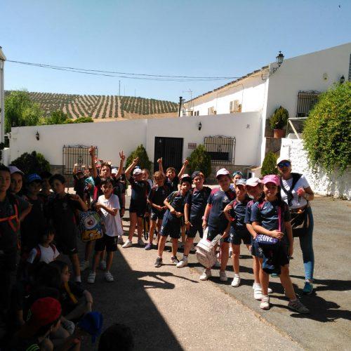 """Excursión Granja Escuela """"EL Castillo """" en Píñar  (2ºciclo EPO)"""